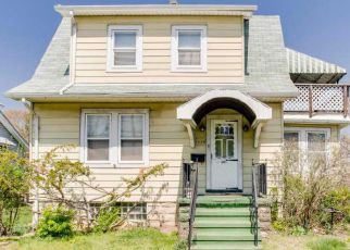 Foreclosed Home in Baltimore 21206 KENWOOD AVE - Property ID: 4438177238