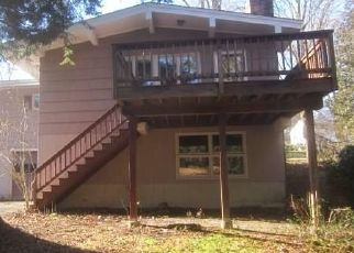 Foreclosed Home in Watertown 06795 NANCY ST - Property ID: 4438223673
