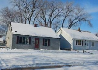 Foreclosed Home in Minneapolis 55421 WASHINGTON ST NE - Property ID: 4438305125