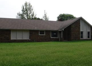 Foreclosed Home in Claremore 74017 E CANYON OAKS CIR - Property ID: 4438390540