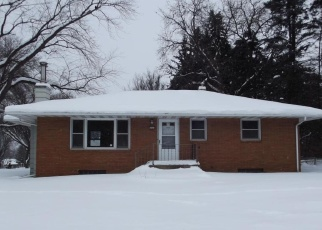 Foreclosed Home in Saint Paul 55126 VICTORIA ST N - Property ID: 4438614788