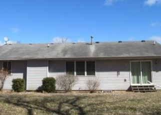 Foreclosed Home in Elkhart 46514 RIVER PL - Property ID: 4438623994