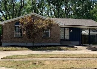 Foreclosed Home in Louisville 40291 EL RANCHO RD - Property ID: 4438630994