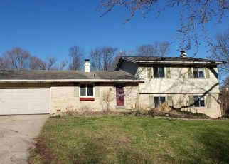 Foreclosed Home in Elkhart 46517 HILLY LN - Property ID: 4438742223