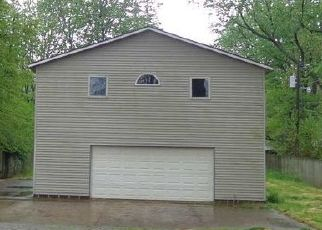 Foreclosed Home in Evansville 47714 E RIVERSIDE DR - Property ID: 4438837264