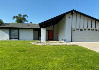 Foreclosed Home in Bakersfield 93309 LA MIRADA DR - Property ID: 4439020338