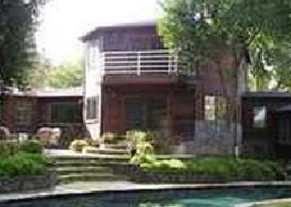 Foreclosed Home in Tarzana 91356 WELLS DR - Property ID: 4439048822
