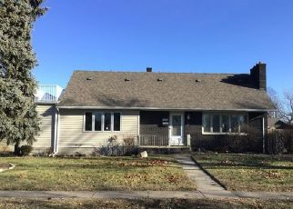 Foreclosed Home in Highland 46322 4TH PL - Property ID: 4439302399