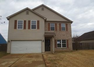 Foreclosed Home in Memphis 38128 NORTHWOOD HILLS DR - Property ID: 4439451756