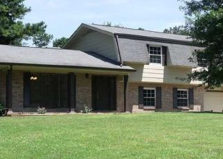 Foreclosed Home in Chattanooga 37421 NEW ENGLAND DR - Property ID: 4439453502