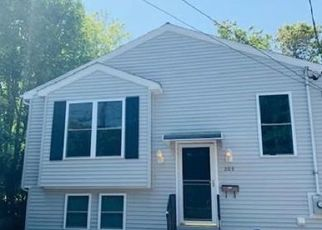 Foreclosed Home in Fall River 02723 DOYLE ST - Property ID: 4439562110