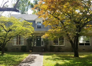 Foreclosed Home in Hopkinsville 42240 S MAIN ST - Property ID: 4439591913
