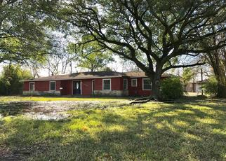 Foreclosed Home in Pasadena 77502 ALLENDALE RD - Property ID: 4439652337