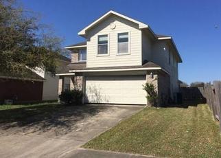Foreclosed Home in Houston 77073 DEBORAH ANN WAY - Property ID: 4439656272