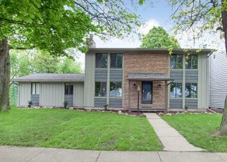 Foreclosed Home in East Lansing 48823 TOURAINE AVE - Property ID: 4439887535