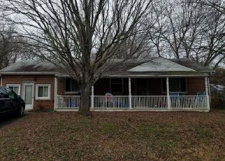 Foreclosed Home in Bryans Road 20616 EDGEWOOD RD - Property ID: 4439964619