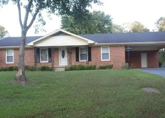 Foreclosed Home in Jackson 38301 BELLMEADE DR - Property ID: 4440043899