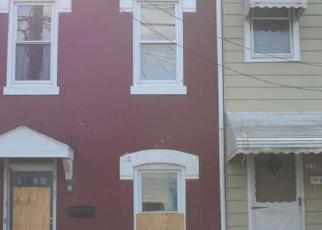 Foreclosed Home in Trenton 08611 RUSLING ST - Property ID: 4440125350