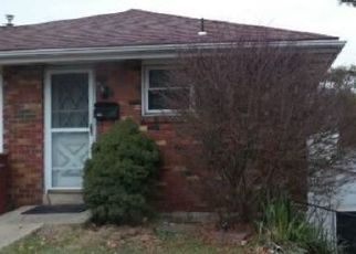 Foreclosed Home in Whitehall 18052 FULLERTON AVE - Property ID: 4440173984