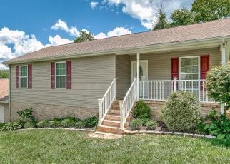 Foreclosed Home in Kingsport 37660 WONDERLAND DR - Property ID: 4440248421