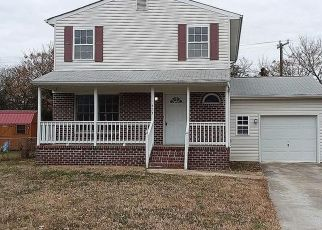 Foreclosed Home in Newport News 23601 NORTH AVE - Property ID: 4440376308