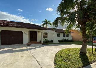 Foreclosed Home in Miami 33175 SW 38TH ST - Property ID: 4440449903