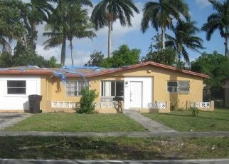 Foreclosed Home in Fort Lauderdale 33309 NW 40TH ST - Property ID: 4440451647