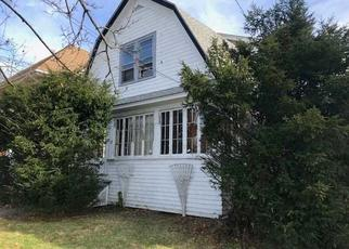 Foreclosed Home in Poughkeepsie 12601 INNIS AVE - Property ID: 4440522149