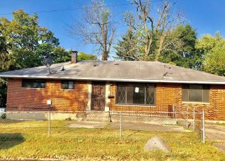 Foreclosed Home in Dayton 45406 TRONE AVE - Property ID: 4440597490