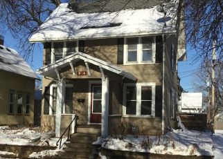 Foreclosed Home in Saint Paul 55107 MORTON ST W - Property ID: 4440660105