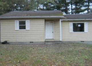 Foreclosed Home in Beckley 25801 PEBBLESTONE DR - Property ID: 4440763478