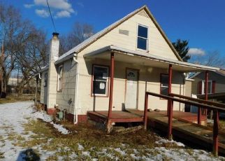 Foreclosed Home in Cumberland 21502 W CLEMENT ST - Property ID: 4440769167