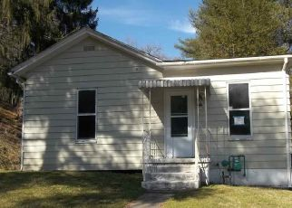 Foreclosed Home in Grafton 26354 BEAUMONT RD - Property ID: 4440773553