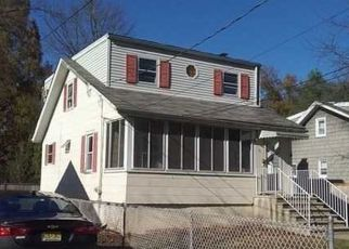 Foreclosed Home in Caldwell 07006 JOHNSON AVE - Property ID: 4440853712