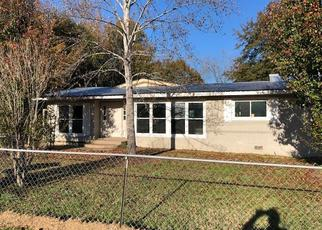 Foreclosed Home in Cochran 31014 S 4TH ST - Property ID: 4440938227