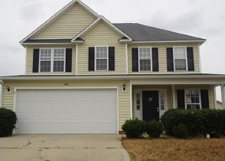 Foreclosed Home in Raeford 28376 FAIRFIELD CIR - Property ID: 4440946556