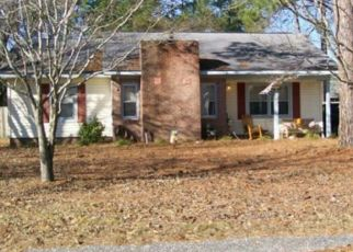 Foreclosed Home in Hope Mills 28348 PERSIMMON RD - Property ID: 4440971971