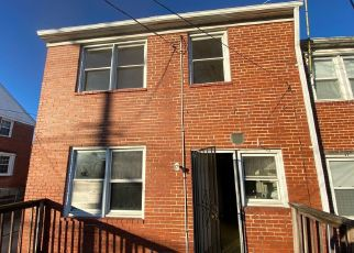 Foreclosed Home in Baltimore 21239 CEDARCROFT RD - Property ID: 4441072695
