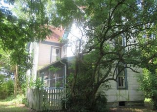 Foreclosed Home in Marion Station 21838 DAVIS RD - Property ID: 4441084517