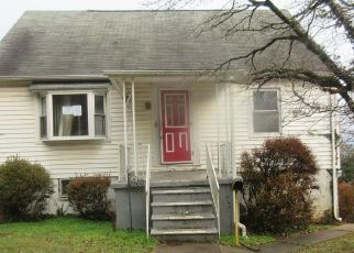 Foreclosed Home in Baltimore 21206 GLEN FALLS AVE - Property ID: 4441086712