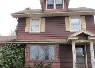 Foreclosed Home in Rochester 14617 CURTICE RD - Property ID: 4441117810