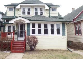 Foreclosed Home in Milwaukee 53209 N 37TH ST - Property ID: 4441135766