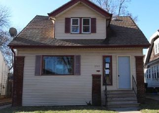 Foreclosed Home in Milwaukee 53210 N 44TH ST - Property ID: 4441136640
