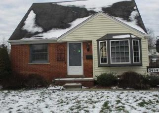 Foreclosed Home in Dearborn Heights 48125 ACADEMY ST - Property ID: 4441151526
