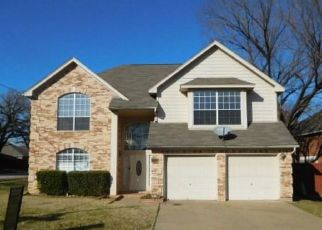 Foreclosed Home in Bedford 76021 PAINT BRUSH LN - Property ID: 4441204971