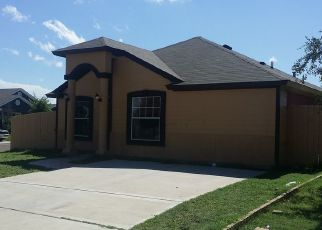 Foreclosed Home in Laredo 78043 CANDELA - Property ID: 4441233875