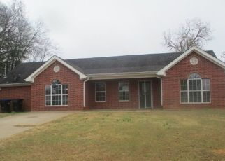 Foreclosed Home in Longview 75602 ASAFF ST - Property ID: 4441247435