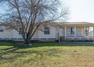 Foreclosed Home in Mineral Wells 76067 SW 14TH ST - Property ID: 4441255770