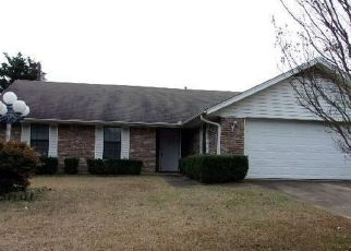 Foreclosed Home in Paris 75462 LAKEVIEW DR - Property ID: 4441265396