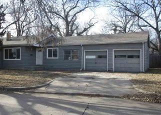 Foreclosed Home in Wichita 67216 S MINNESOTA AVE - Property ID: 4441302179